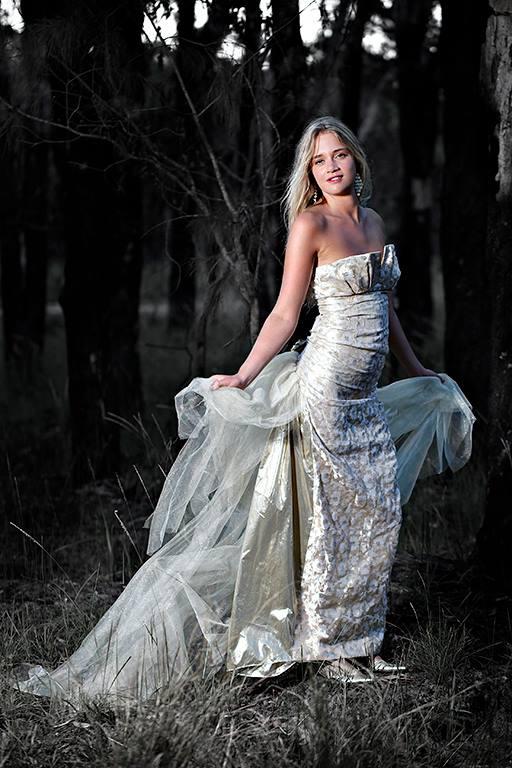 Gold Dress Nel